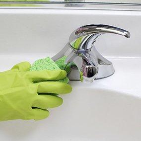 8 domowych sposobów na czystą łazienkę