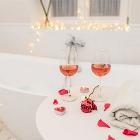 Romantyczna łazienka – nie tylko na walentynki