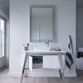 Łazienka w stylu skandynawskim: funkcjonalność w naturalnym wydaniu