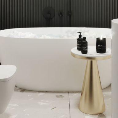Czerń i złoto w eleganckiej łazience