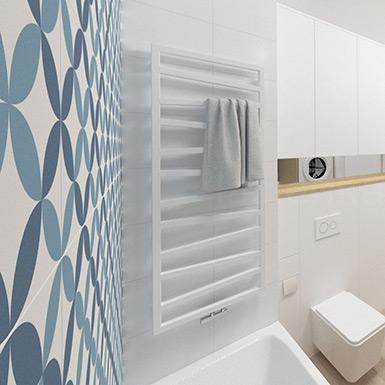 Mała łazienka z pralką w szafie