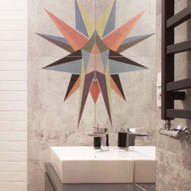 Industrialna łazienka z artystycznym motywem