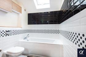 inspiracja: Biało czarna  łazienka