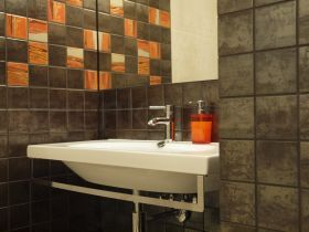 inspiracja: Ożyw łazienkę za pomocą pomarańczowych akcentów