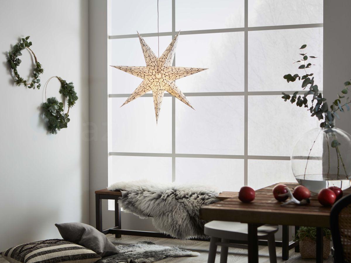 Stwórz świąteczny nastrój za pomocą oświetlenia