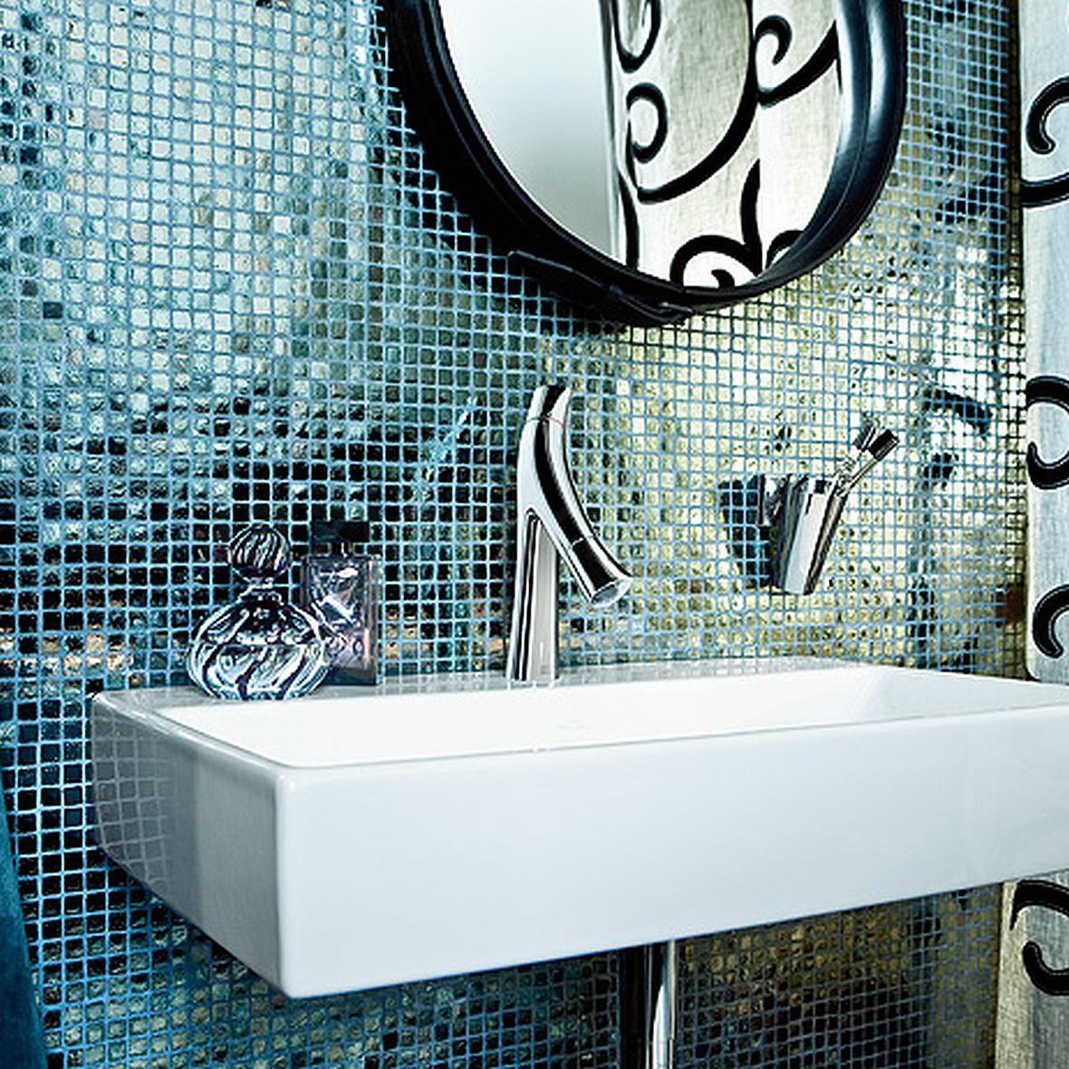 Axor Organic - łazienka z połyskującą mozaiką