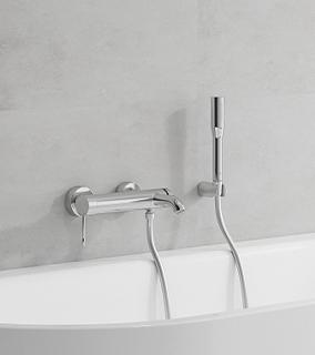 Grohe Essence bateria wannowo-prysznicowa ścienna chrom 33628001