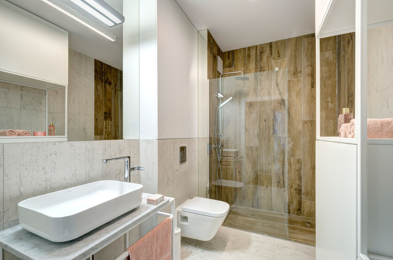Granitowa łazienka w bloku